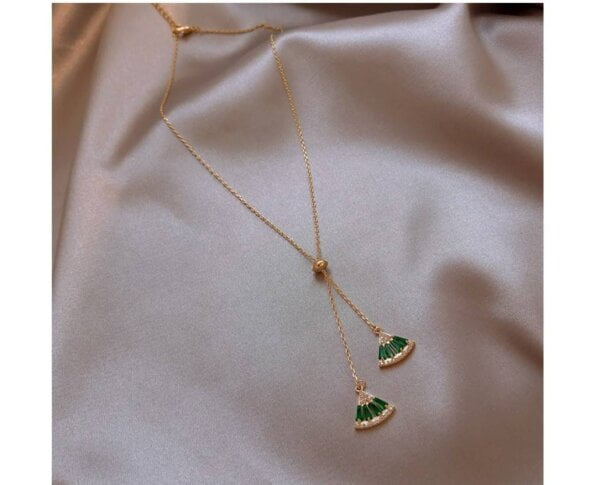 Pendant Necklace Classic Triangle Necklace Women Jewelry 8